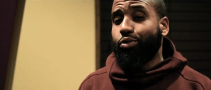 Jumpout L.O – Pull Up Wit Ah Stick Freestyle (Directed by Hanz) (Video Inside)